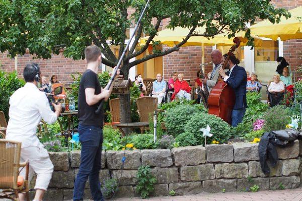 Hofkonzert in City Park Residenz LGH mit S. Abel & P. Schwebs 16.6.20